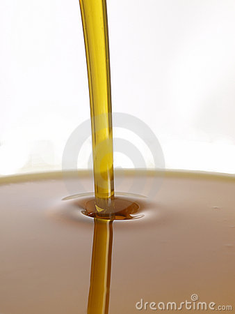 Free Oil Royalty Free Stock Photography - 12140767