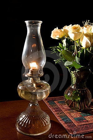Oil lamp, with roses