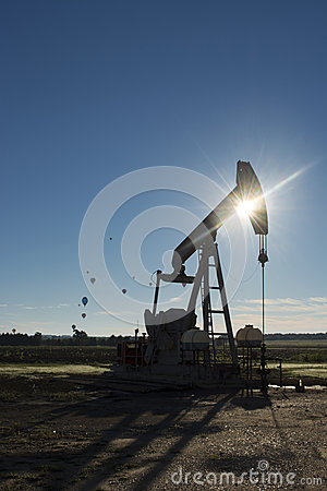 Oil Pump with Hot Air Balloons