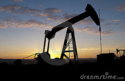 Oil pump at Sunrise