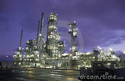 Oil Refinery Horizontal