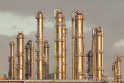 Oil refinery industry distillation pipelines