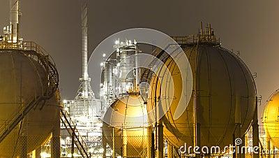 Oil-Refinery-plant