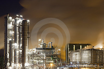 Oil-Refinery-plant