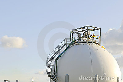 Oil refinery and storage tanks