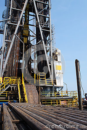 Oil rig and casing on the cantilever deck