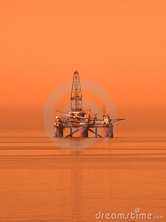 Free Oil Rig In The Caspian Sea Royalty Free Stock Photos - 2457728