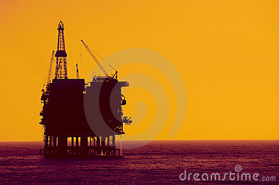 Oil  rig  silhouete