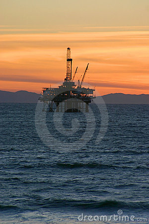 Free Oil Rig Sunset Stock Photos - 7559763