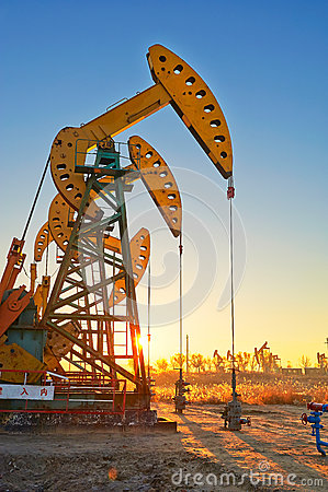 The oil sucking machine sunrise