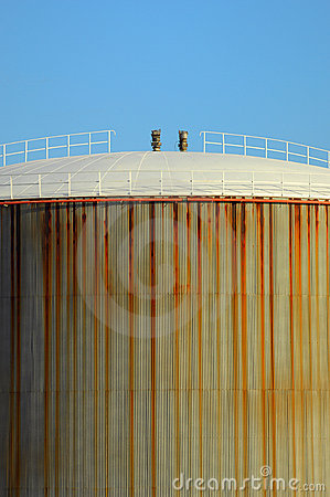Free Oil Tank Stock Photos - 5927023