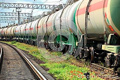 Oil transportation in tanks by rail