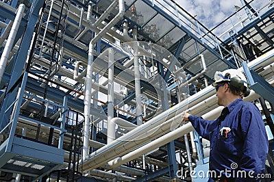 Oilrefinery and engineer