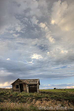 Free Old Abandoned Farm House On Colorado Prairie Royalty Free Stock Photos - 6943598