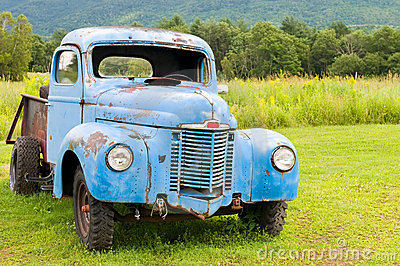 Old Abandoned Truck Royalty Free Stock Image - Image: 15215846