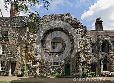 Old Abbey Ruins, Bury St, Edmunds Stock Photo - Image: 26053380