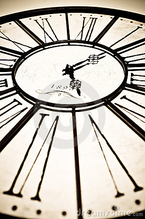 Free Old Antique Clock Royalty Free Stock Photo - 22190675