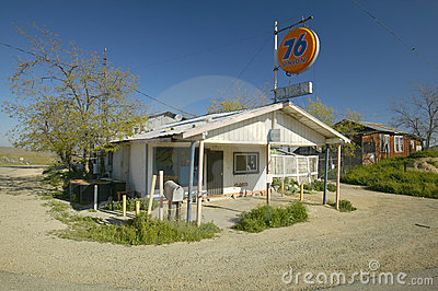 Gas Credit Cards >> Old Antique Union 76 Gas Station Editorial Image - Image: 23180295