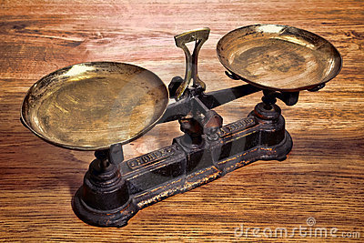 Old Antique Weight Measuring Brass and Iron Scale