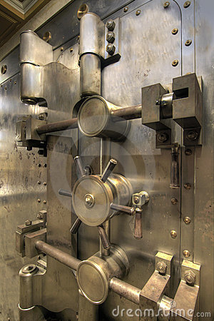 Free Old Bank Vault Royalty Free Stock Images - 13306519