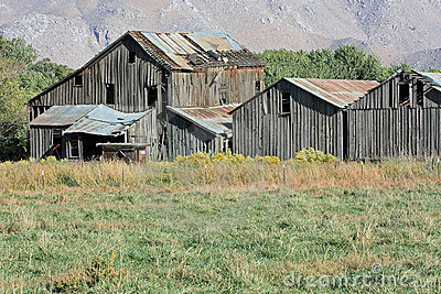 Old barn-10--10-08-036