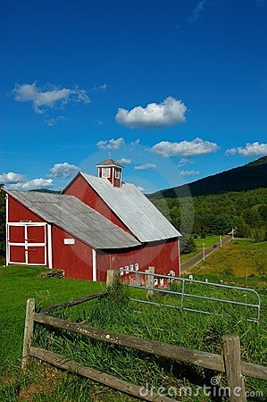 Free Old Barn In Stowe Vermont Stock Photography - 10947472