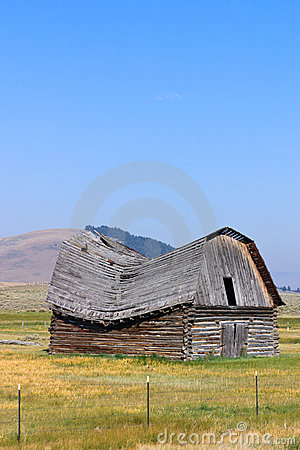 Old Barn With Sagging Roof Stock Image Image 18262951