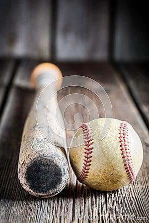 Free Old Baseball Bat And Ball Stock Photos - 49283413