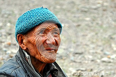 Old bedouin man from Ladakh (India) Editorial Stock Image