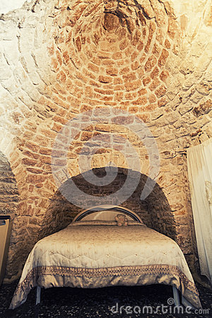 Free Old Bedroom With Double Bed In A Trullo In Italy, Typical Roof Construction Royalty Free Stock Image - 58206116