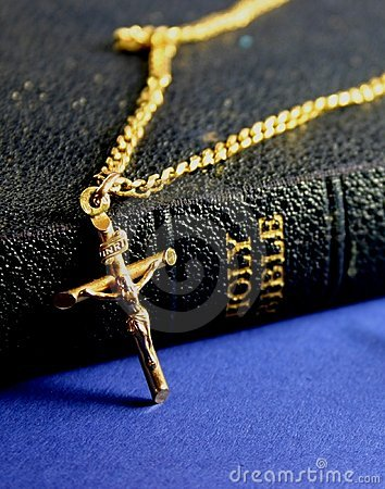 Free Old Bible And Crucifix Royalty Free Stock Image - 263676