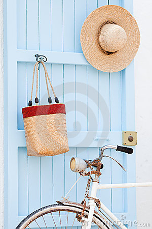 Free Old Bicycle Leaning Against Blue Door. Royalty Free Stock Photos - 22648808
