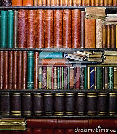 Free Old Books In Bookshelves Stock Photos - 29666553