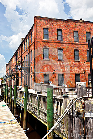 Free Old Brick Houses At The Harbor Stock Photo - 34816260