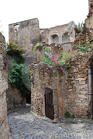 Old Bussana