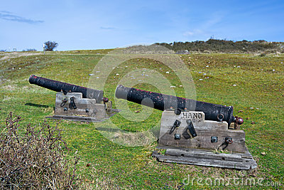 Old cannons on Hano island