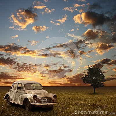 Free Old Car Stock Photography - 9998752