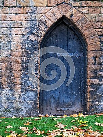 Free Old Castle Door Stock Photos - 16665643