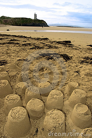 Free Old Castle Sandcastles And Cliffs Stock Photography - 14759462