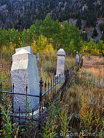 Free Old Cemetery In Autumn Color Royalty Free Stock Image - 3505796