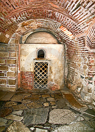Old christian catacombs in greece