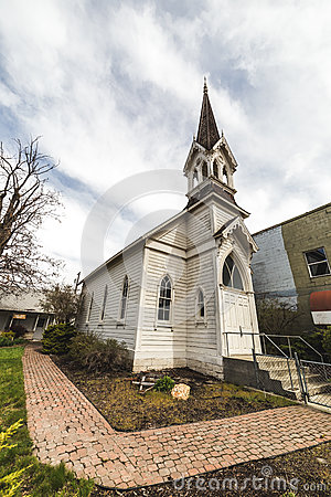 Free Old Church Building Under Blue Sky Stock Photos - 91426533