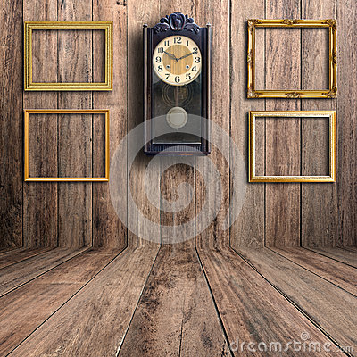 Free Old Clock And Picture Frame Royalty Free Stock Photos - 51651338