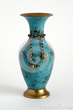 Free Old Copper Vase Royalty Free Stock Images - 31877419
