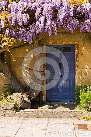 Free Old Cottage Entrance Door Stock Image - 33685981