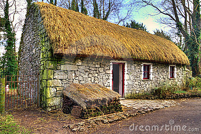 Old cottage house in Bunratty Folk Park