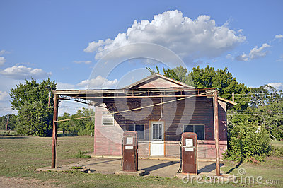 Old country american gasoline station