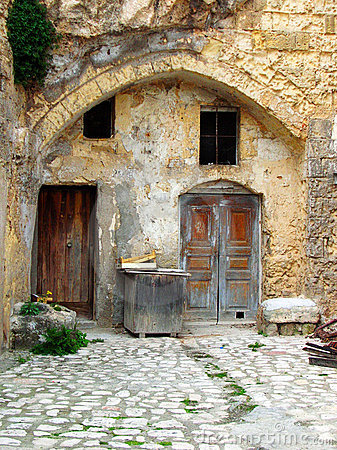Free Old Courtyard House Stock Photo - 4809240
