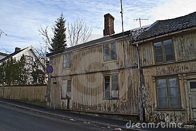Old dilapidated house in Halden.