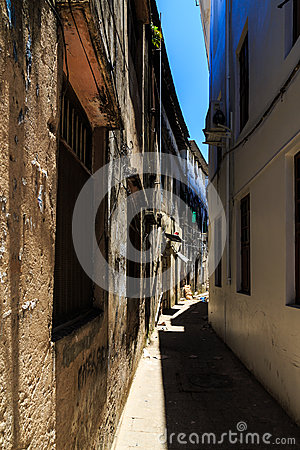 Free Old Dirty Buildings In A Street In An African City Stock Photography - 48155162